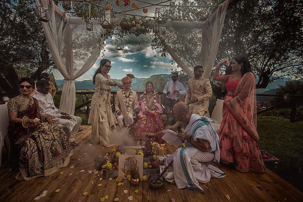 lake-como-wedding-photographer-tuscany-wedding-indian-wedding