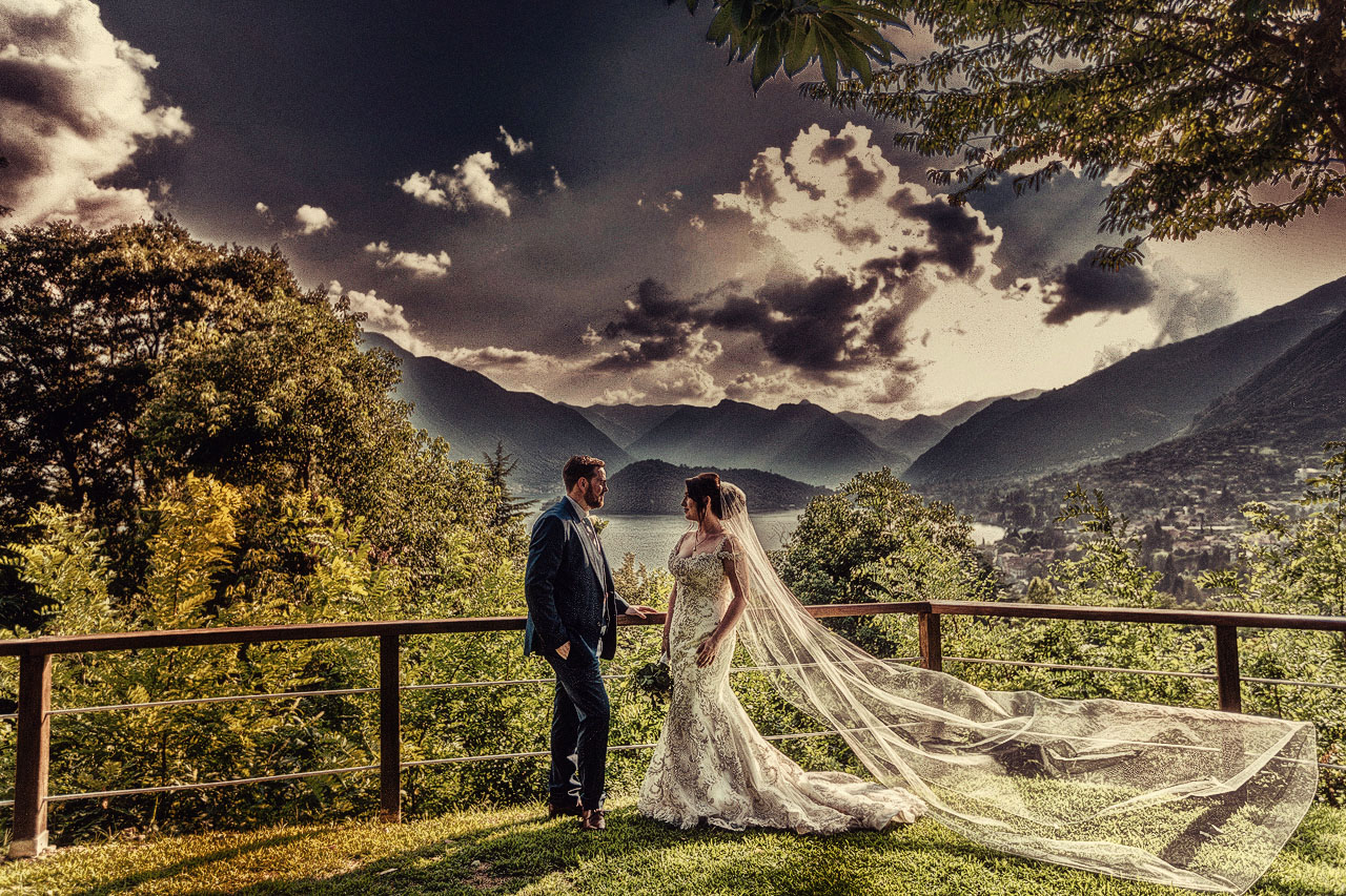 lake-como-wedding-photographer-sunset-on-lake-como